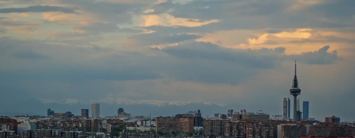 skyline_madrid_skyscraper_architecture_sunset_wallpaper_torrespa_a_art-1107118 Google Imágenes: cómo usar la búsqueda avanzada