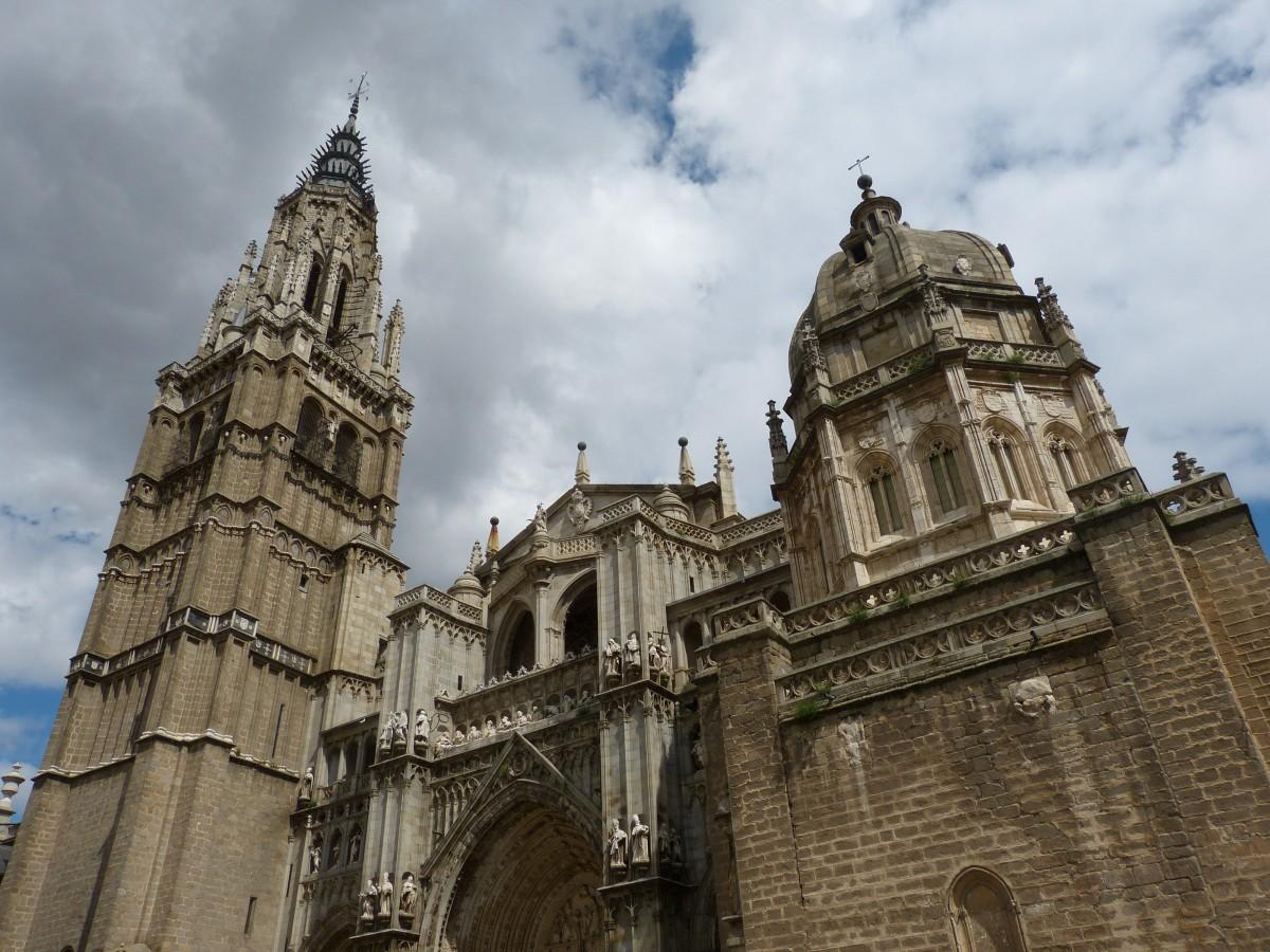 La Religión, ¿útil o nociva? - Página 6 Toledo_cathedral_church_dome_spain_castile_old_town_historically-776760