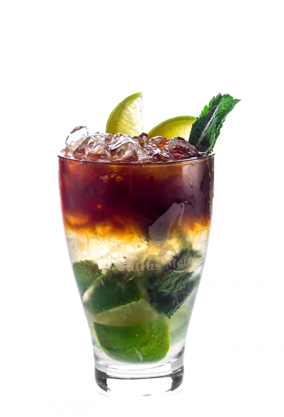kald glass sommer Bar mat produsere Meny drikke dessert alkohol cocktail mojito drikkevarer likør forfriskende smak alkoholholdig drikke tørsten binge brennevin ikke-alkoholholdige drikke mai tai cuba libre mint julep caipiroska caipirinha alkoholholdige cocktail