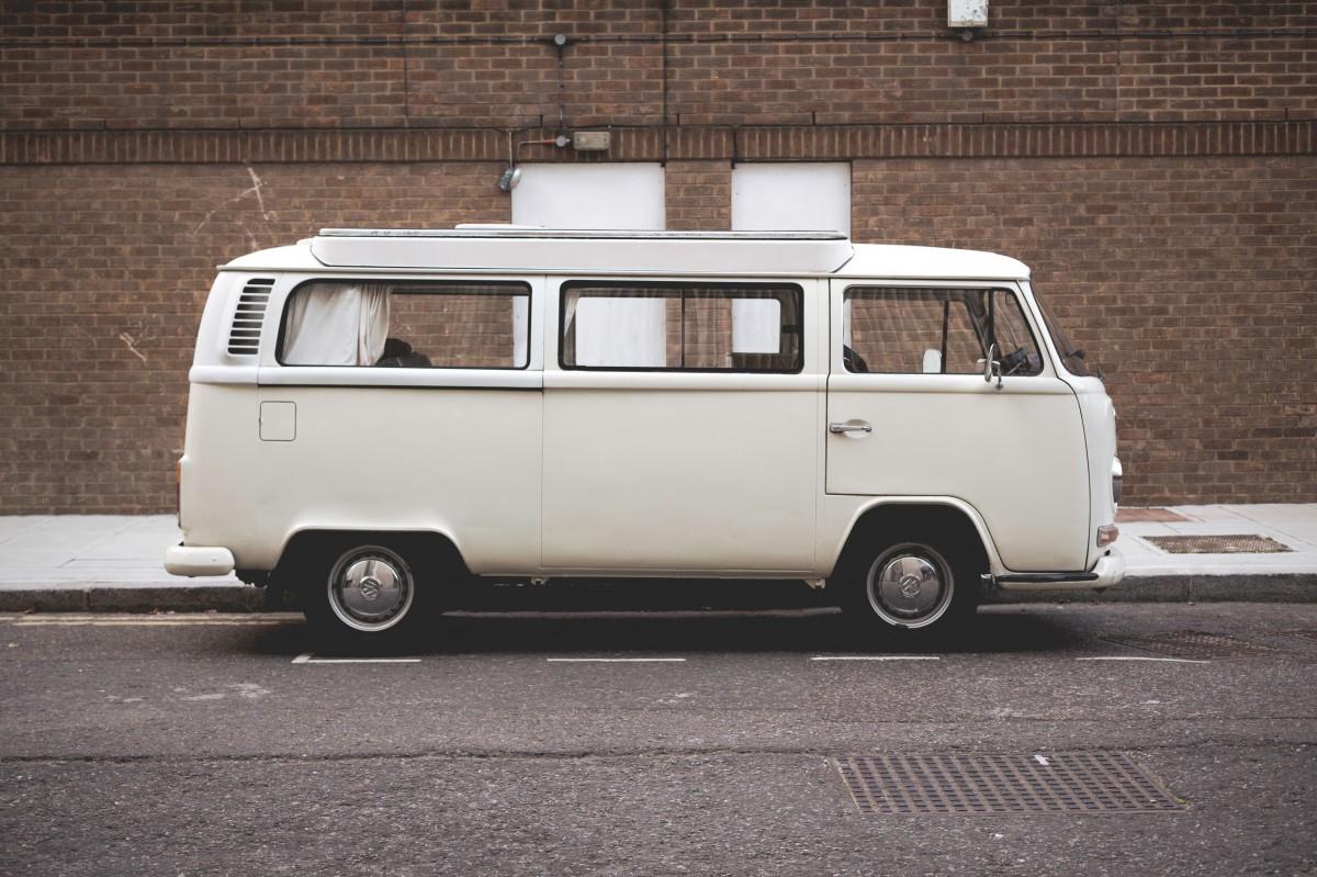 images gratuites voiture volkswagen van vieux transport orange un camion vw bus. Black Bedroom Furniture Sets. Home Design Ideas