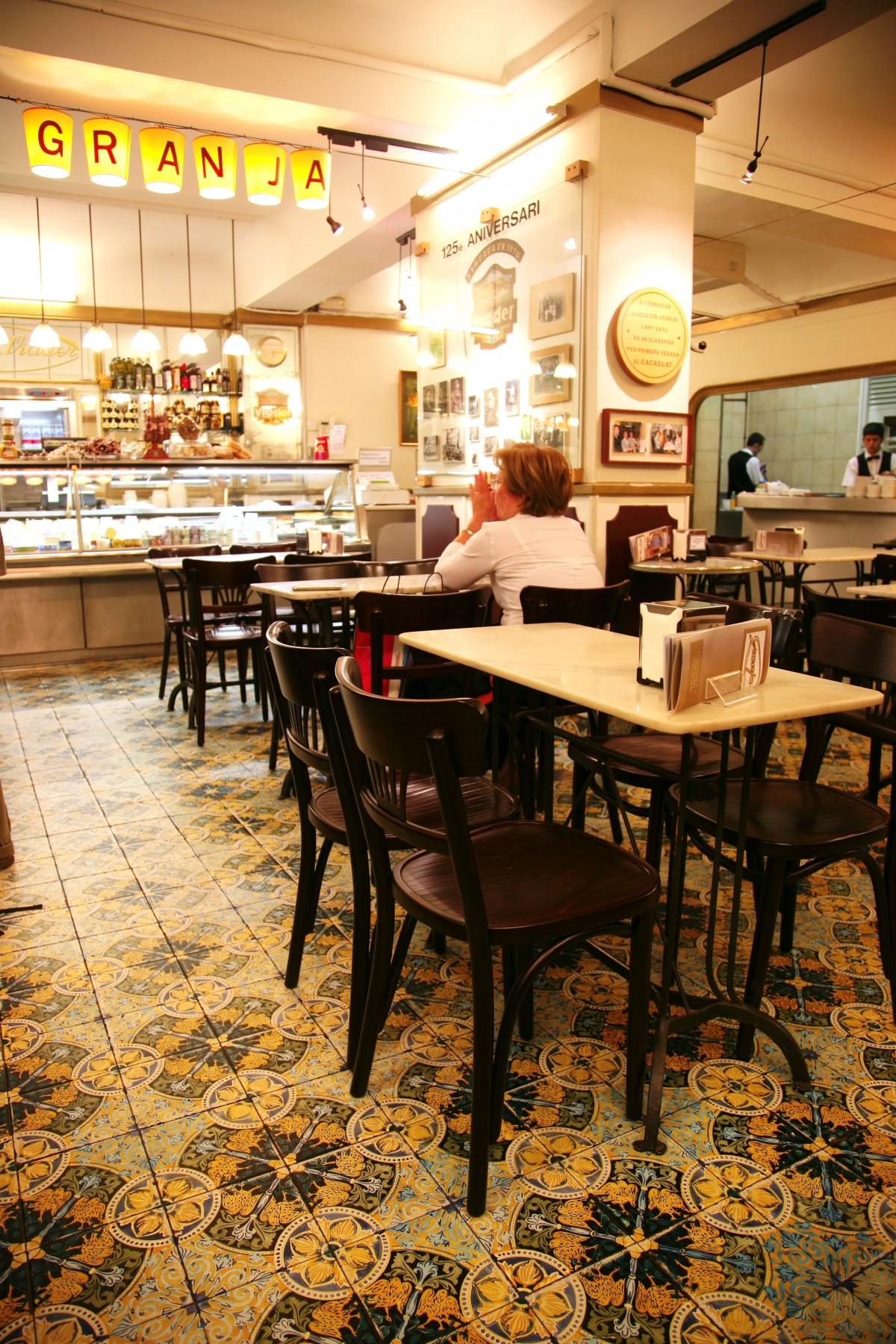 Fotos gratis restaurante casa habitaci n chocolate - Diseno interiores barcelona ...