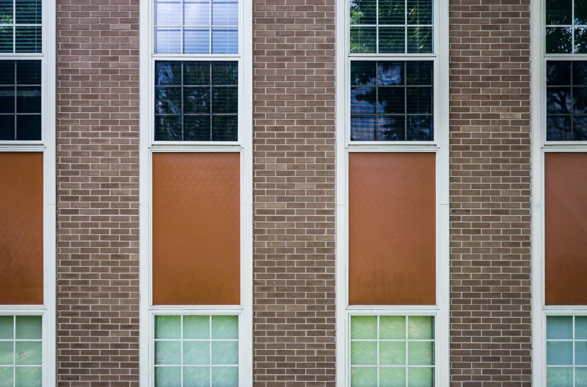 Free images architecture glass home wall balcony for Brique de verre exterieur