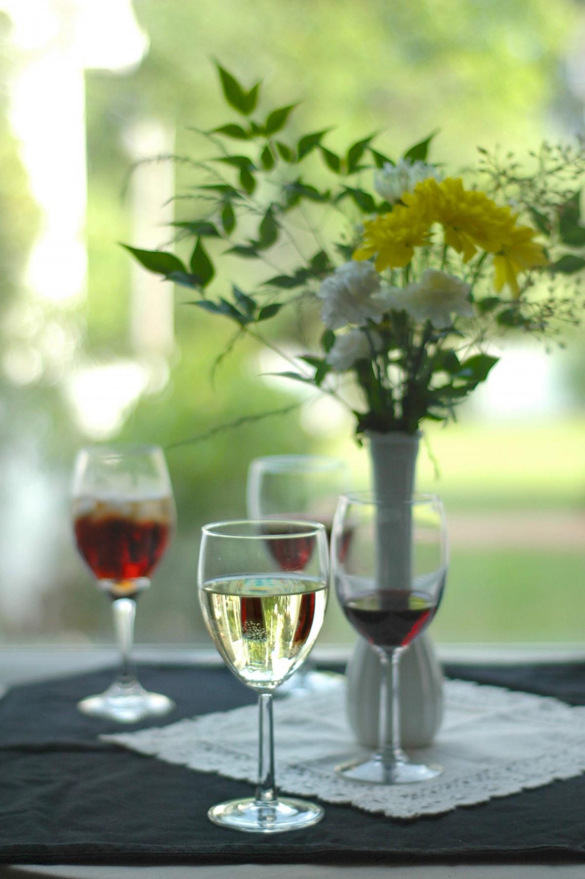 Открытки вино и цветы, днем рождения