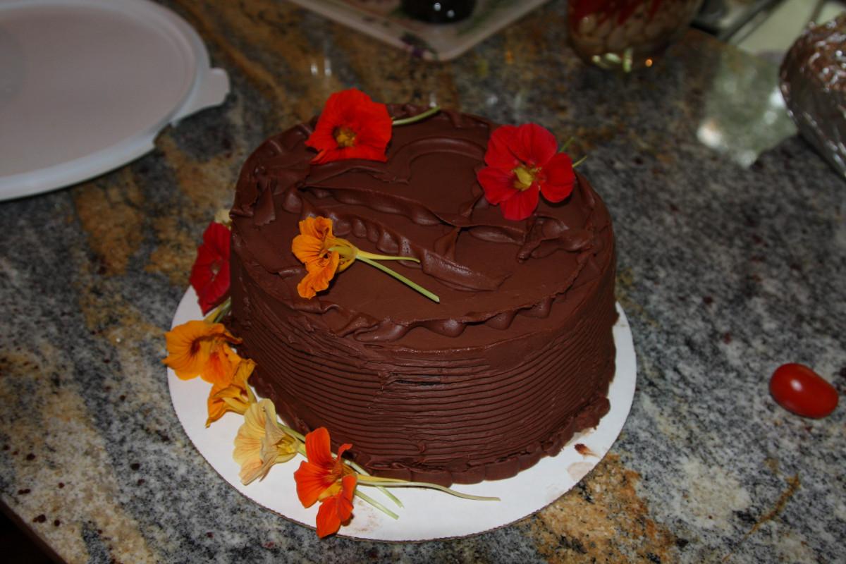 Images gratuites doux f te aliments chocolat dessert g teau d 39 anniversaire gateau au - Gateau au chocolat decoration ...