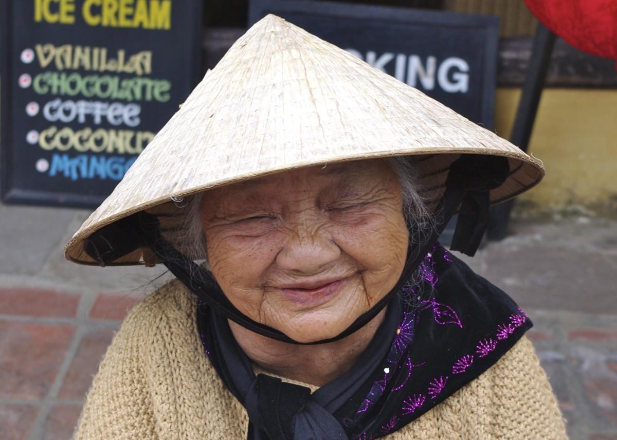 картинки смешные вьетнамцы путешествовать катамаране