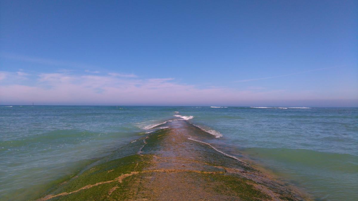 plage mer côte le sable océan horizon rive vague falaise France baie île terrain plan d'eau cap Ile de r Île de rhe Côte ouest Vague de vent