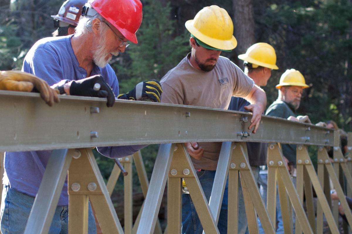2016366 pstrails laborer construction worker - Construction Laborer