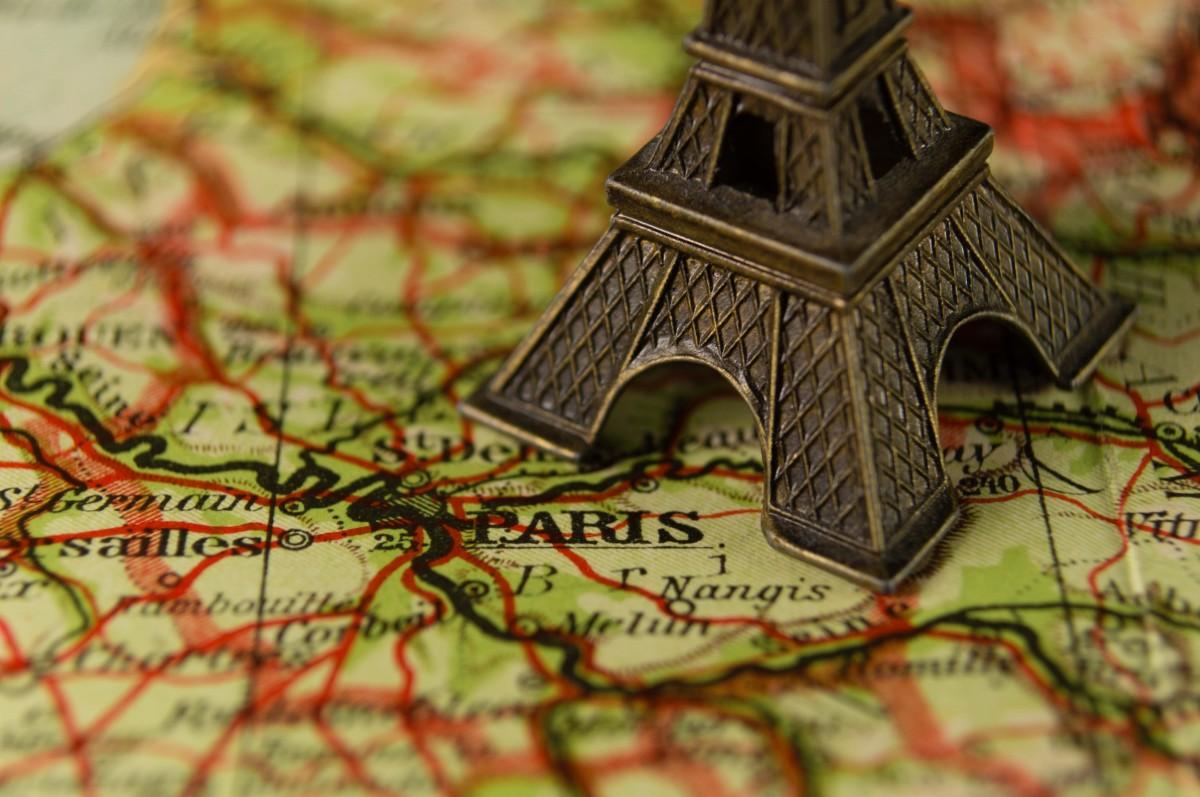 Karte Paris Eiffelturm.Kostenlose Foto Baum Ast Blatt Eiffelturm Paris Reise