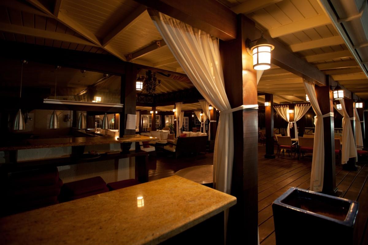 Free images light wood night chair seat restaurant dark bar lantern cozy darkness for Lighting architectural interiors