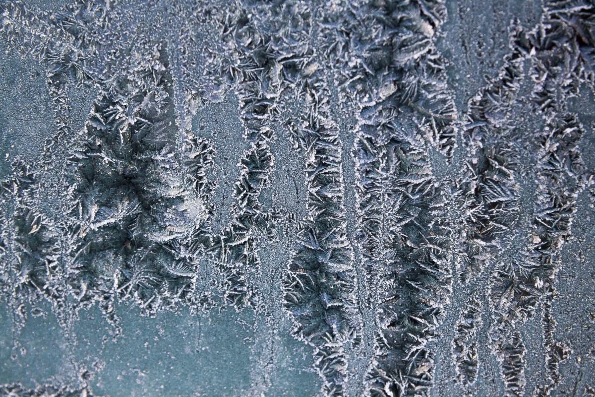 Imagini pentru zăpada rece abstract