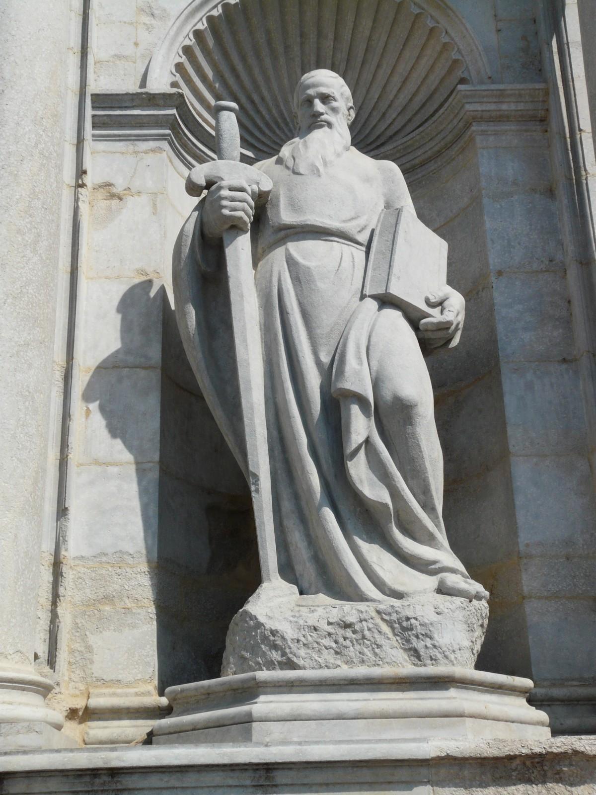 hombre libro piedra monumento estatua humano