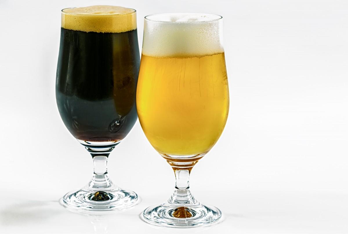 темное и светлое живое разливное пиво