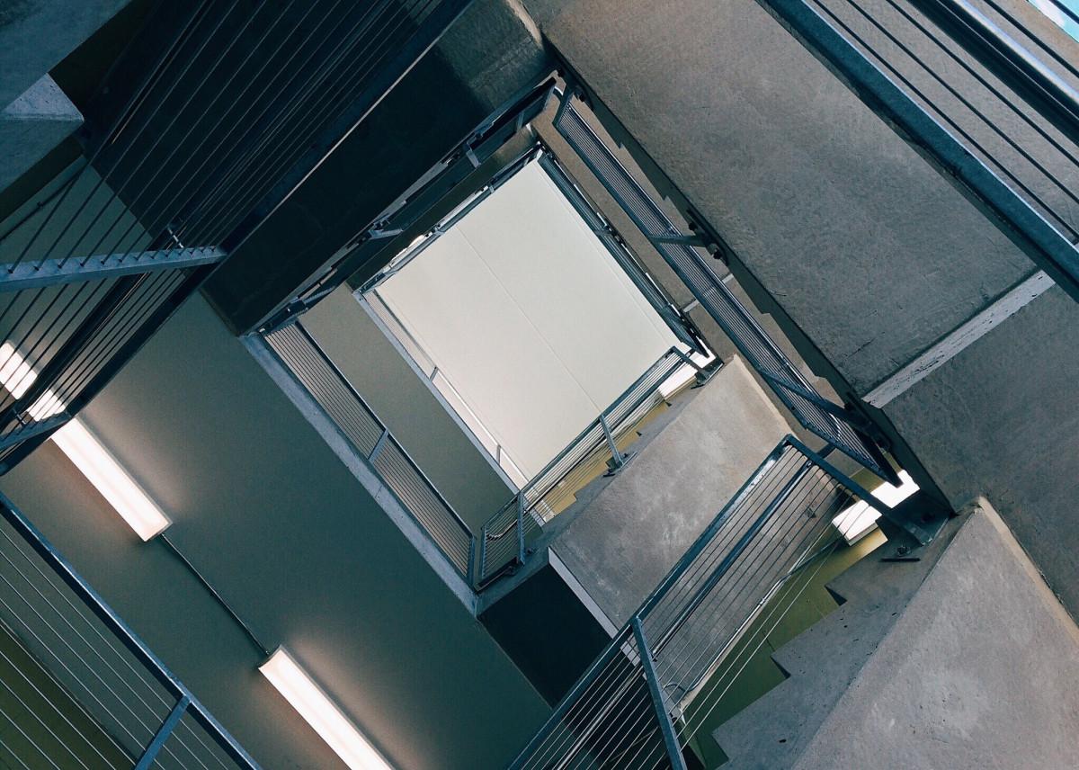 Images gratuites la perspective mur pas cadre fa ade for Fenetre toit ciel