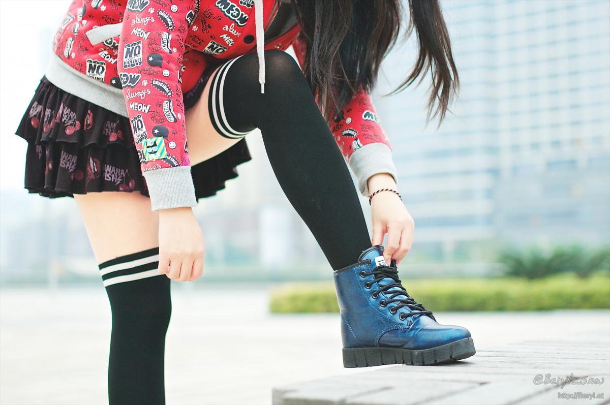 Фото девушек в черных гетрах, Красивые ножки в гольфах » Фото эротика 11 фотография