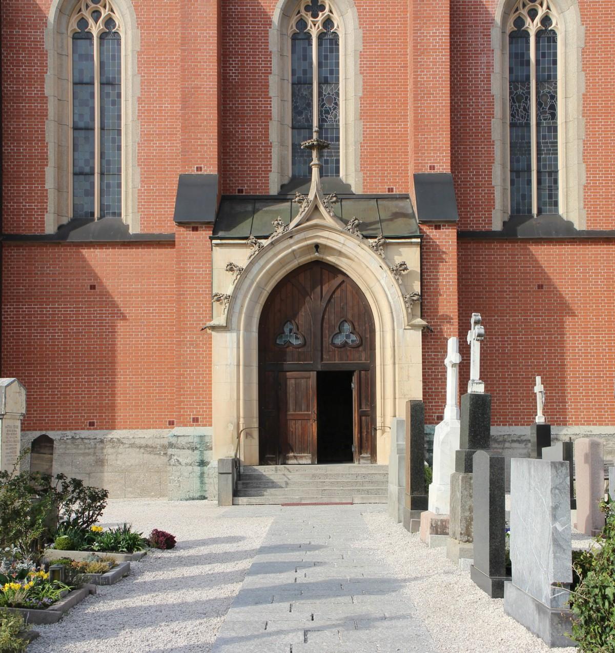 Images gratuites roche architecture fen tre b timent for Architecture neo gothique