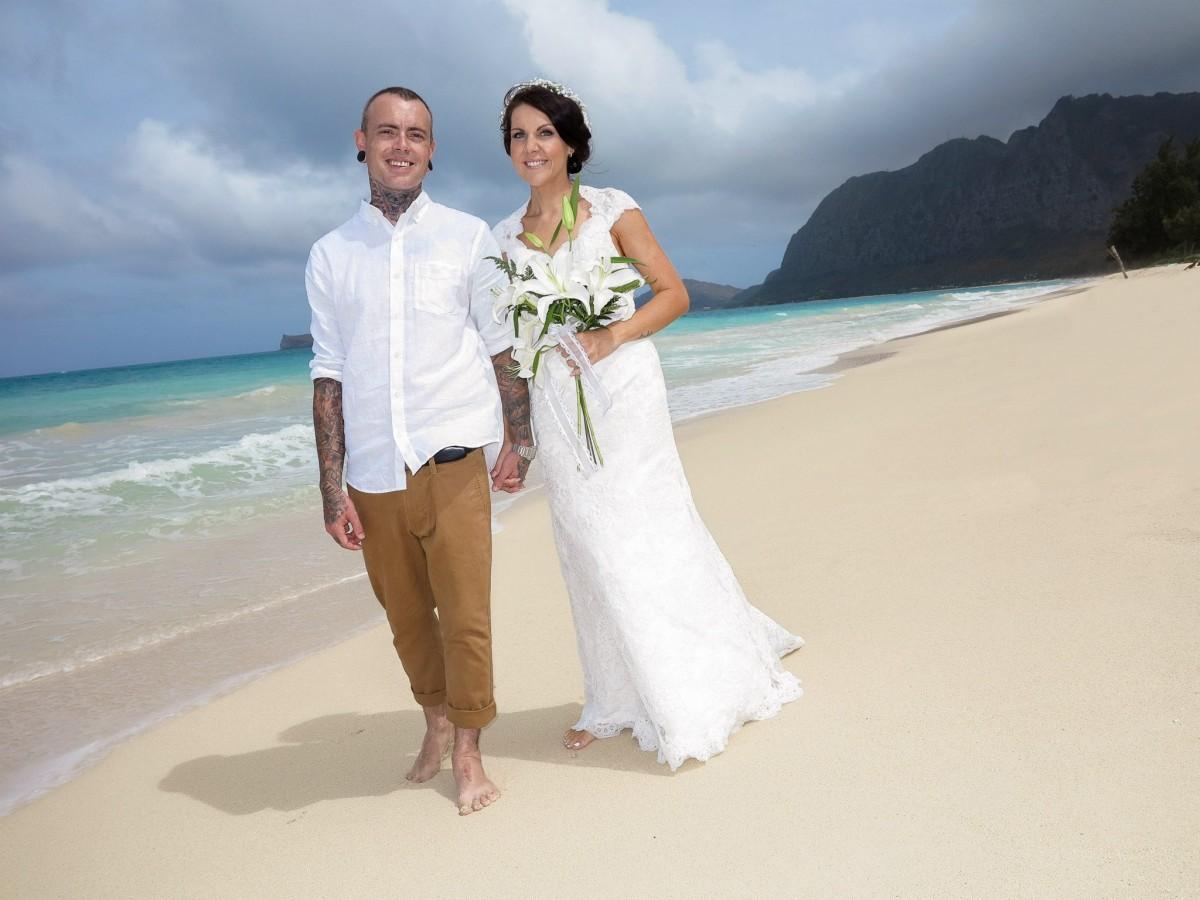 Free Images : man, woman, hawaii, wedding dress, bride, groom ...