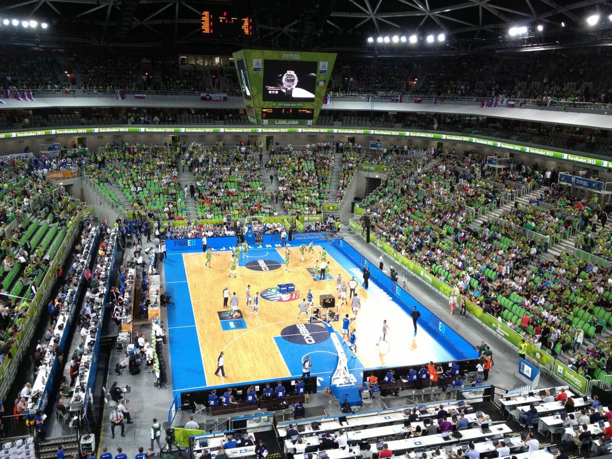 structure sport basketball stade arène des sports Parc de baseball Terrain de basket complexe sportif Stade spécifique au football Coups de basket-ball Slam dunk
