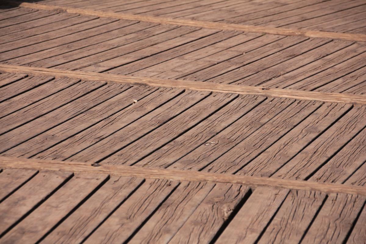 estructura cubierta tablero madera suelo piso