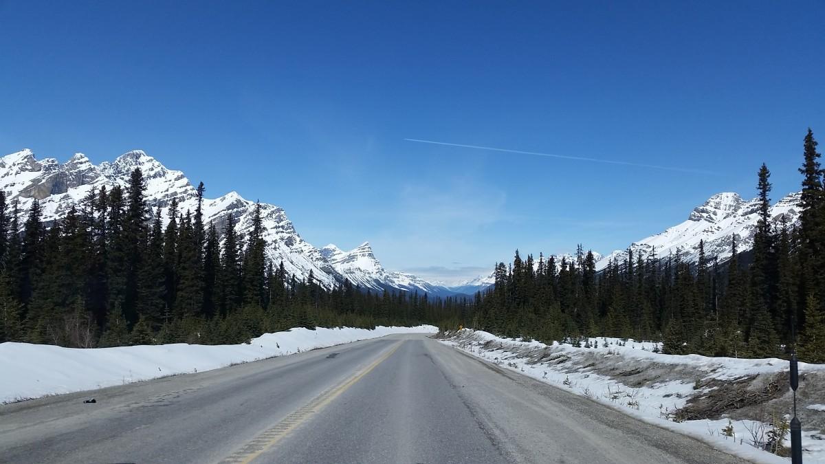 images gratuites paysage la nature montagne neige hiver route autoroute cha ne de. Black Bedroom Furniture Sets. Home Design Ideas