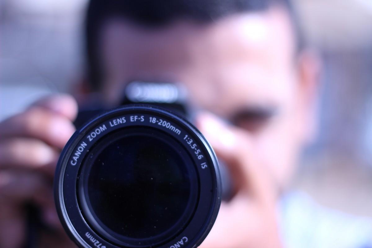 shoot camera photography photographer equipment lens photo photographing 1183558 - 5 Formas comprovadas de ganhar DINHEIRO usando o computador