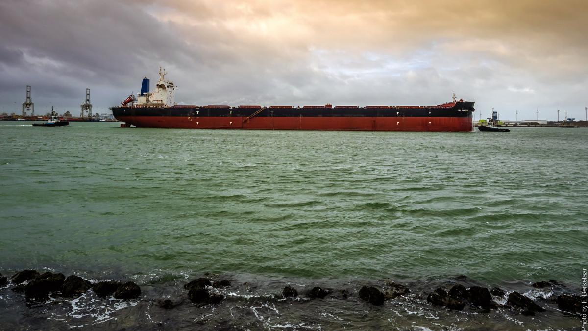 mar costa Oceano barco ola río enviar vehículo bahía puerto barco de carga camino acuático Nederland Zuidholland canal granelero Embarcaciones Nl Europoortrotterdam Beerkanaal Mississippihaven Kslsantiago Flete de transporte Tanque granelero