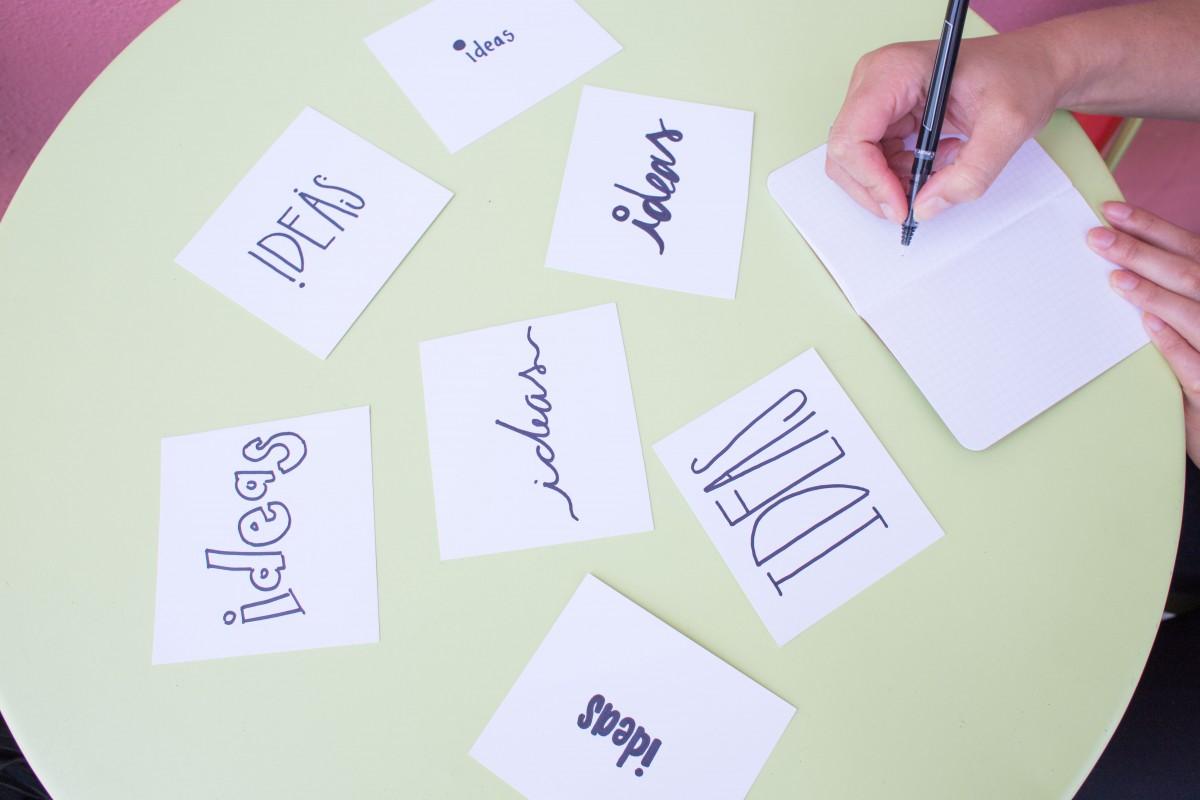 escritura creativo bolígrafo negocio marca fuente art creatividad ilustración diseño estrategia inspiración solución Notas innovación Ideas diseño gráfico reunión creativa ideas creativas idea genial Concepto de idea Ideas de diseño