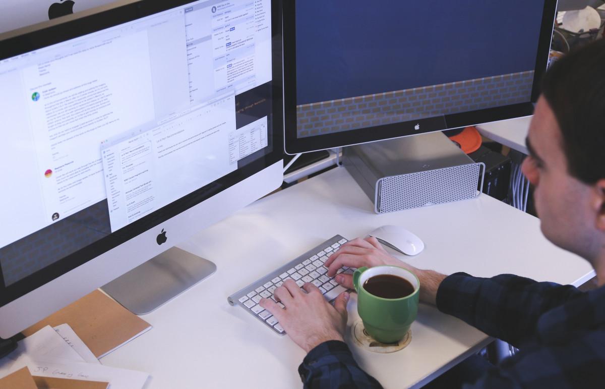 Alat - Alat Untuk Menghubungkan Komputer Ke Internet