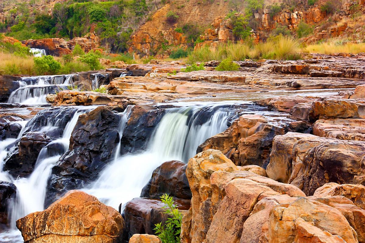 Gambar Pemandangan Alam Batu Air Terjun Gurun Gunung