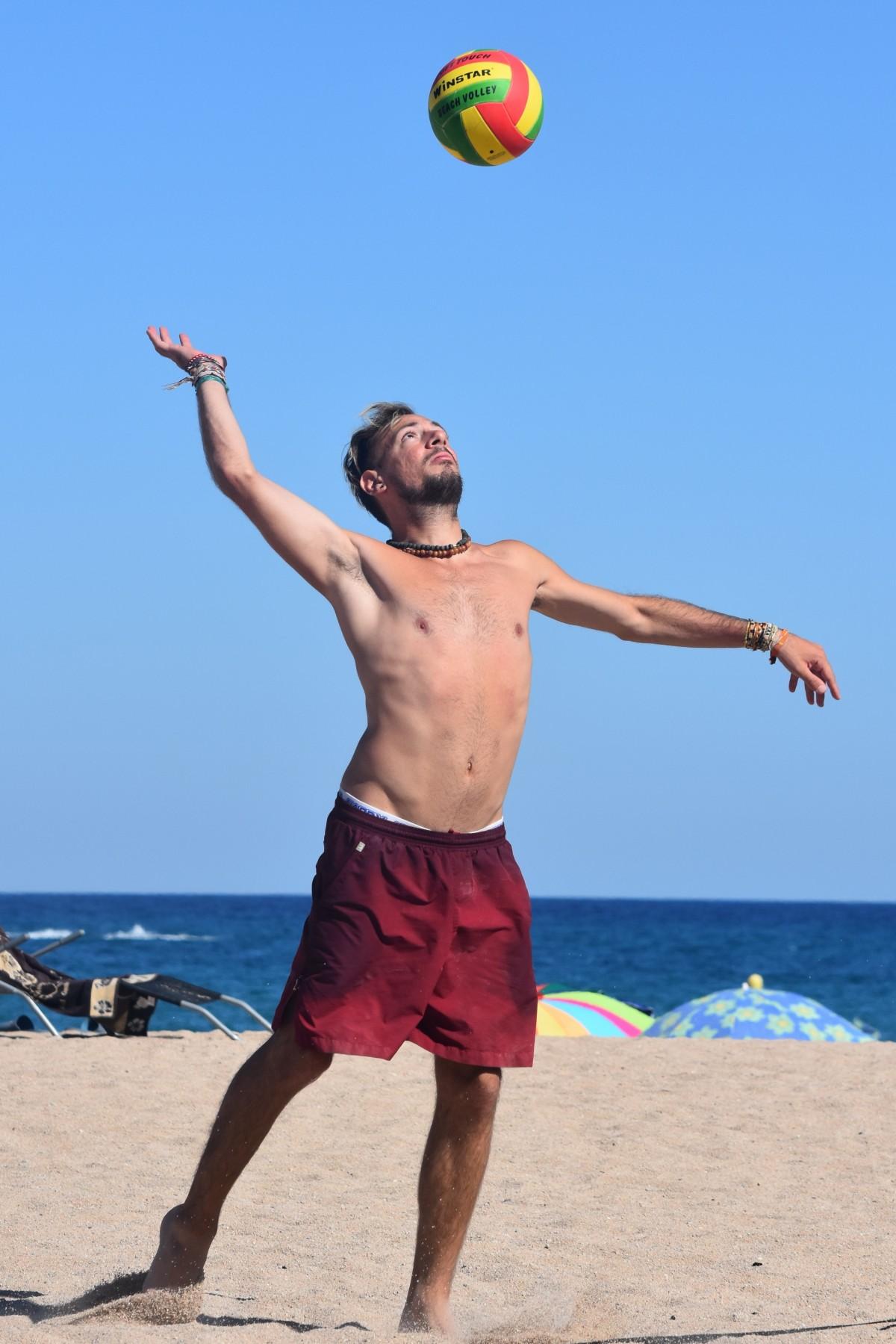Fotos gratis : hombre, gente, jugar, movimiento, Deportes ...