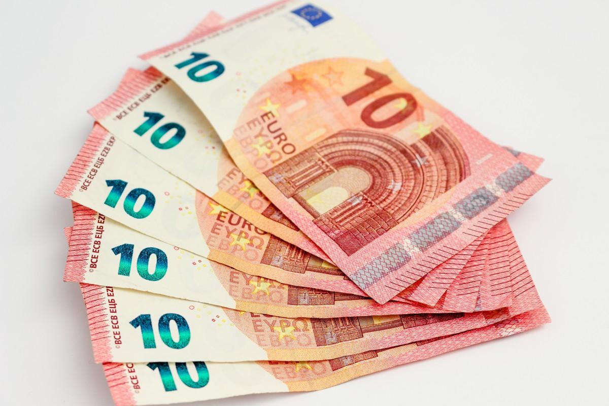 Анимированные днем, прикольные картинки с евро