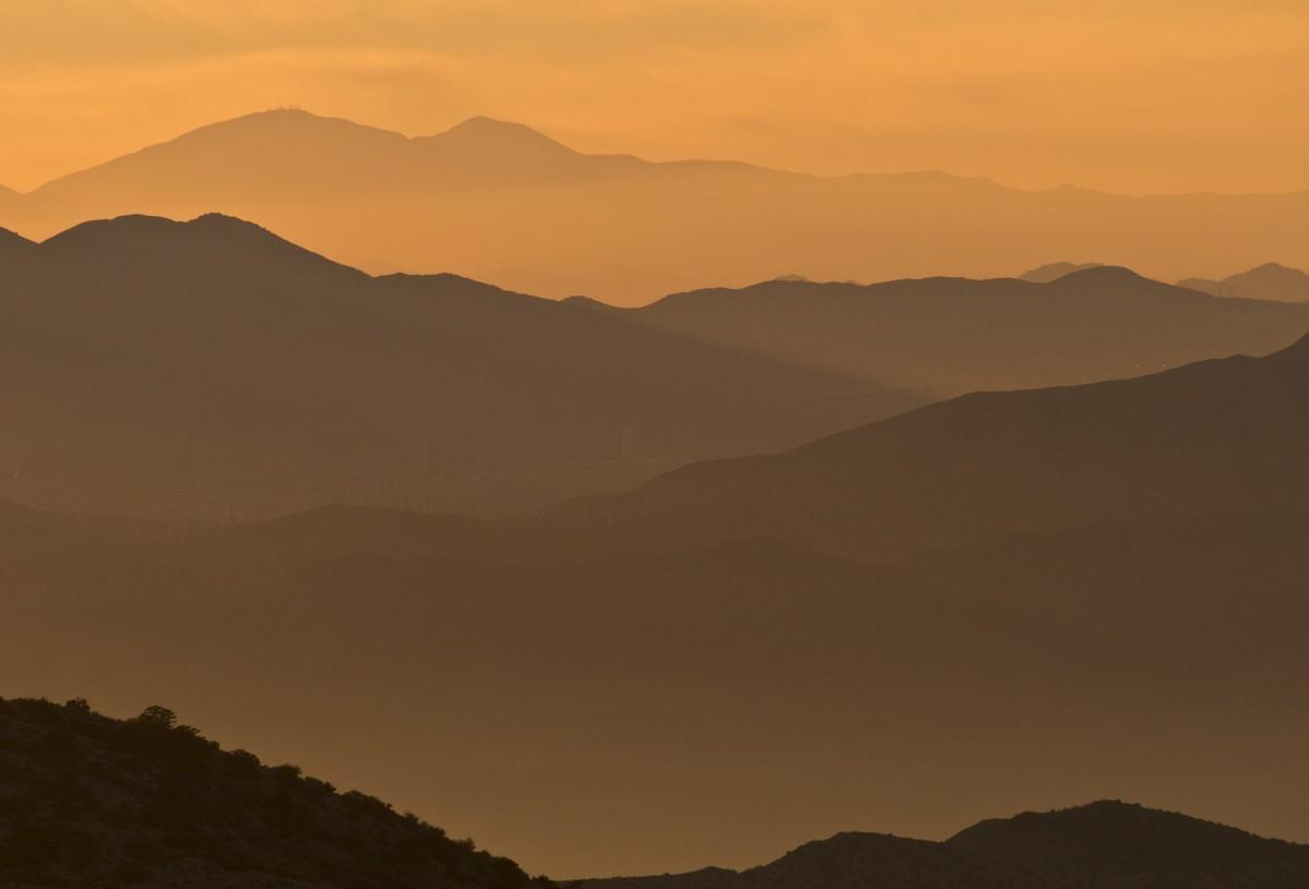 A la recherche des anciens sages Landscape_scenic_sunset_mountains_sky_scenery_silhouette_horizon-661156